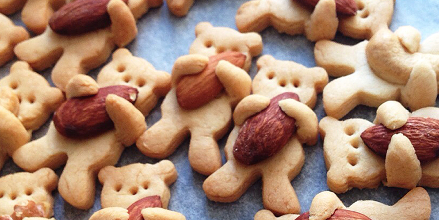 Adorable Hugging Bear Cookies