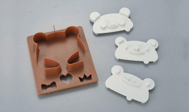 japanese-teddy-bear-toast-stamp-industrial-design-3