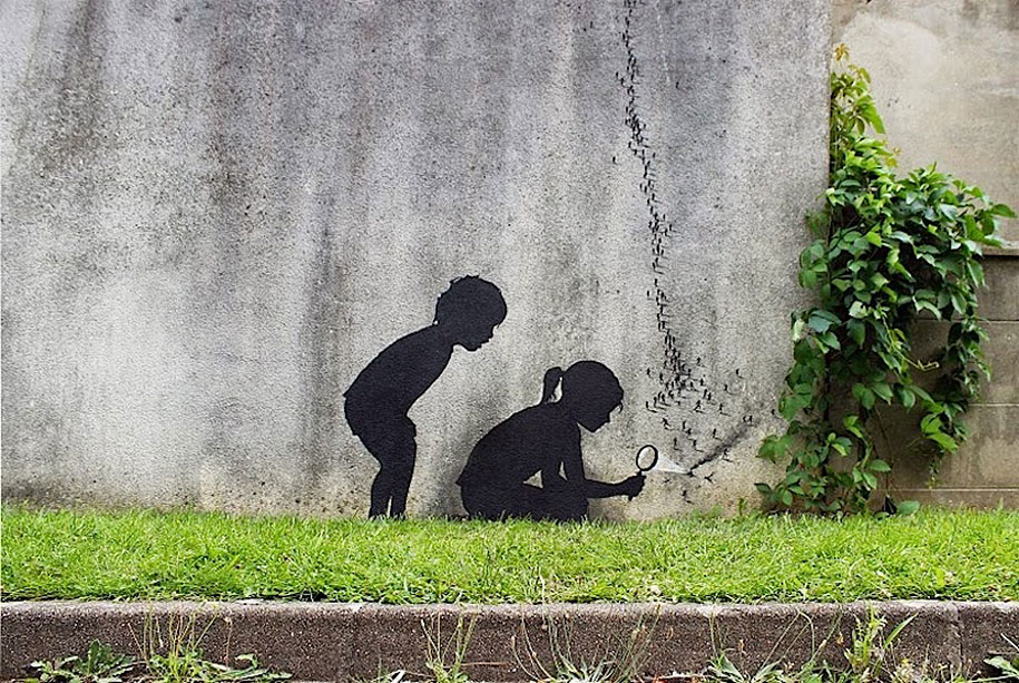street-art-paris-france-pejac-1