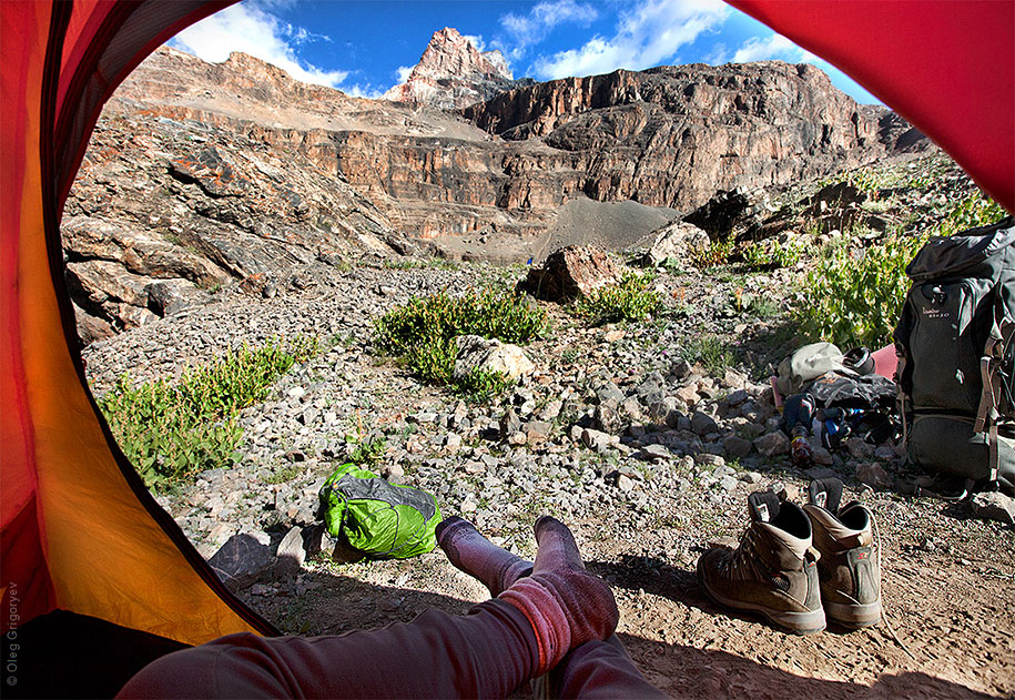 morning-views-from-the-tent-travel-photography-oleg-grigoryev-6