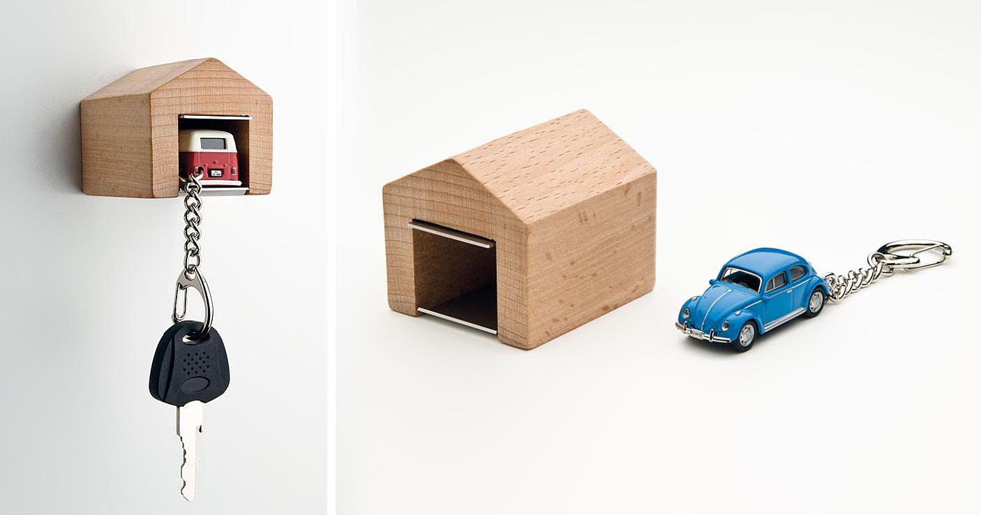 Clever Car Key Holder Design Looks Like Mini Garage
