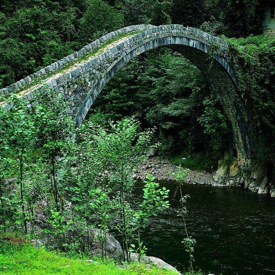beautiful-old-rural-bridges-25
