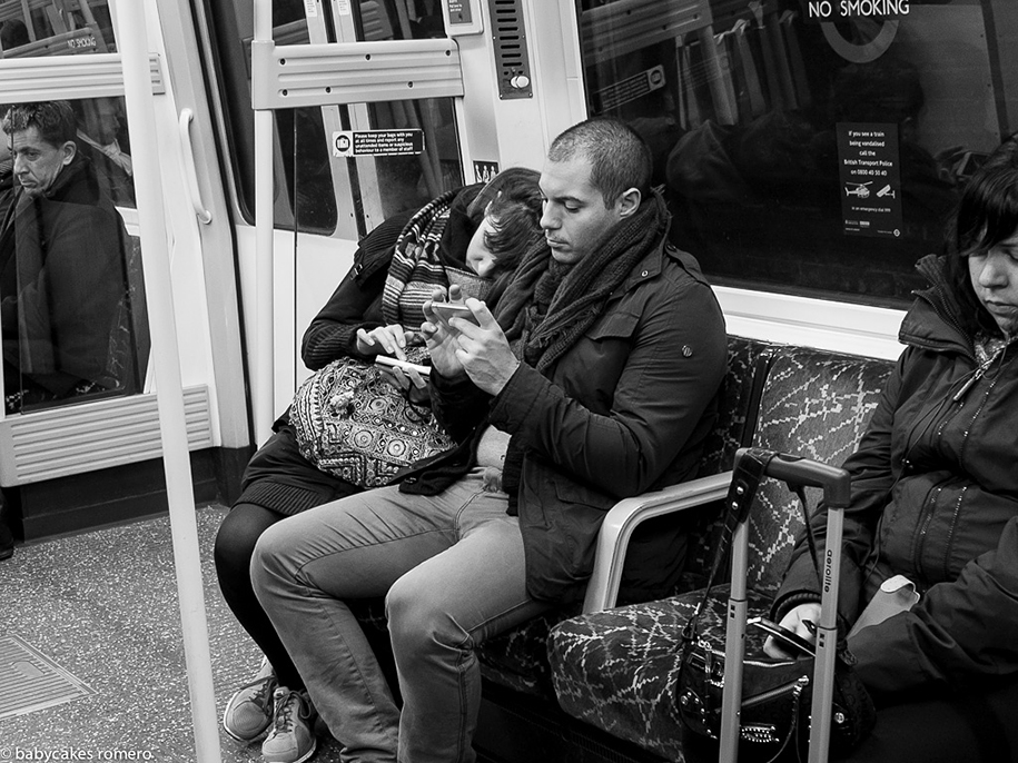 death-of-conversation-smartphone-obsession-photography-babycakes-romero-11