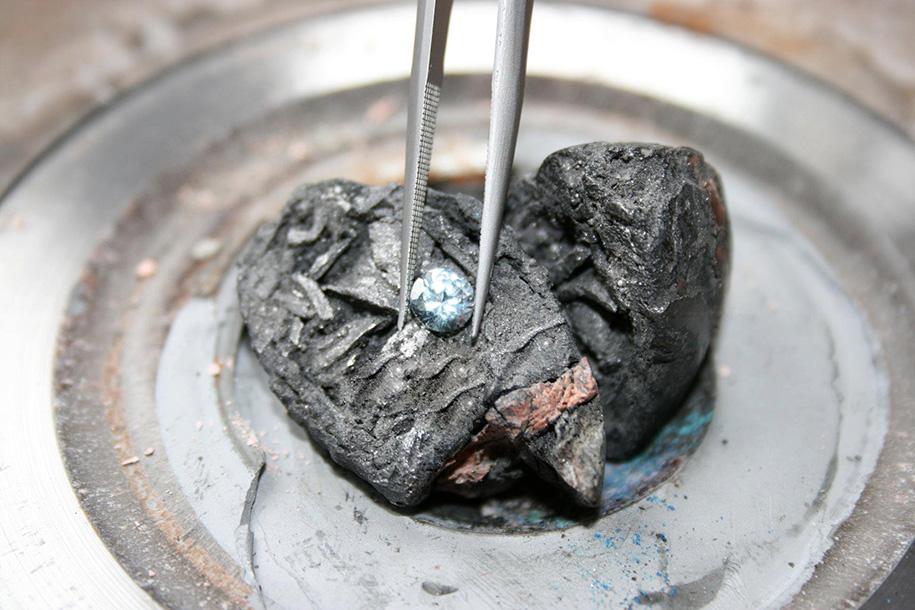 memorial-diamond-cremation-algordanza-7