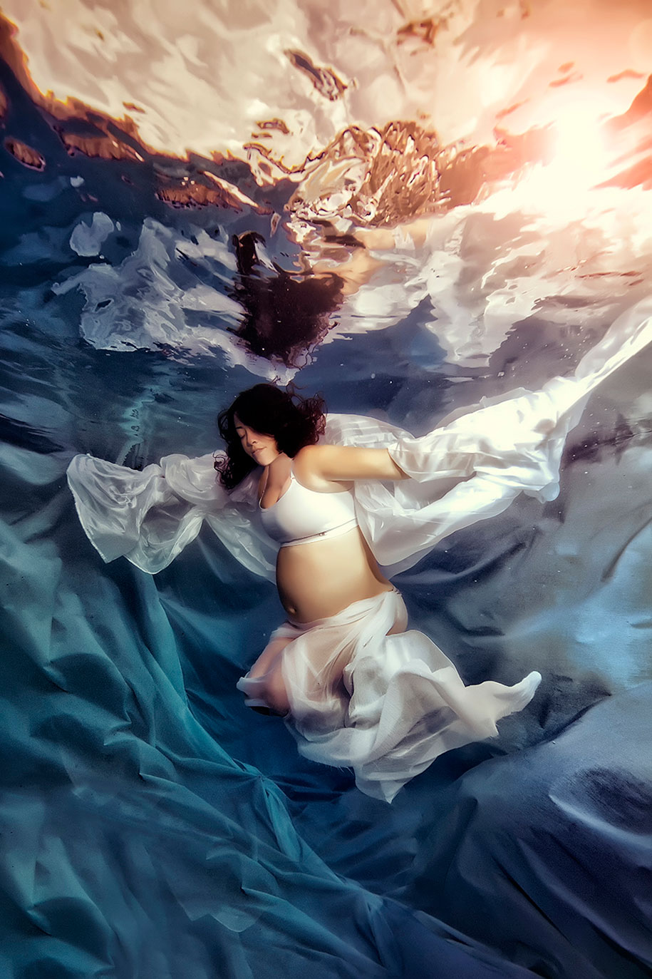 underwater-maternity-photography-mermaids-adam-opris-9