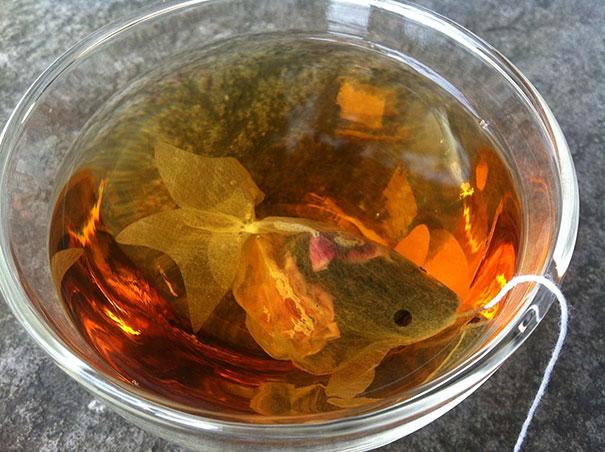 gold-fish-tea-bag-design-charm-villa-1