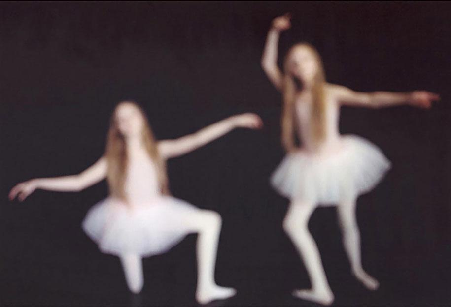 iceland-identical-twins-erna-hrefna-photography-ariko-inaoka-12