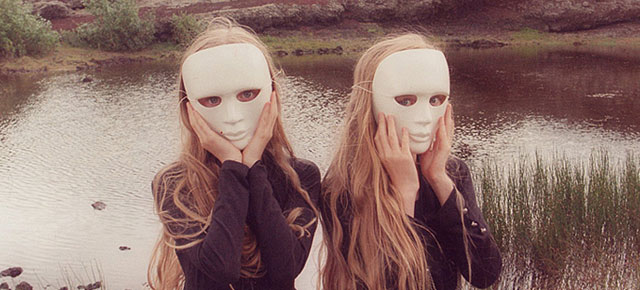Icelandic Twin Girls Erna  Hrefna In Mysterious Photos By Ariko Inaoka  Demilked-8461