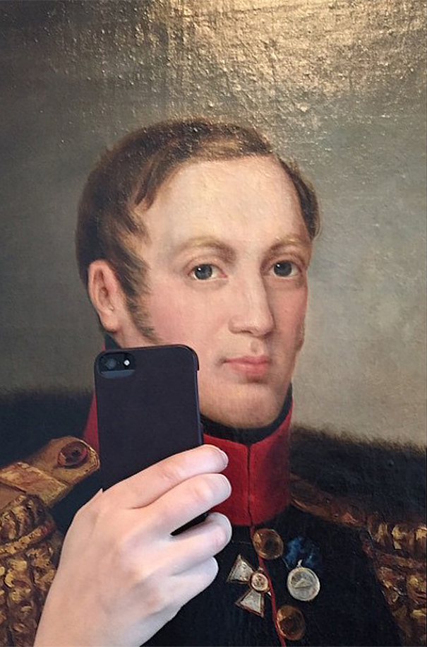 museum-historical-paintings-selfie-olivia-muus-4