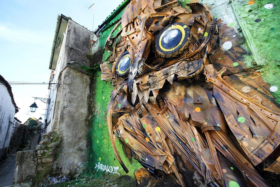 owl-eyes-recycled-sculpture-street-art-artur-bordalo-5