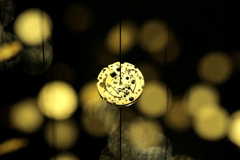 spiral-suspended-watch-installation-citizen-tsuyoshi-tane-13