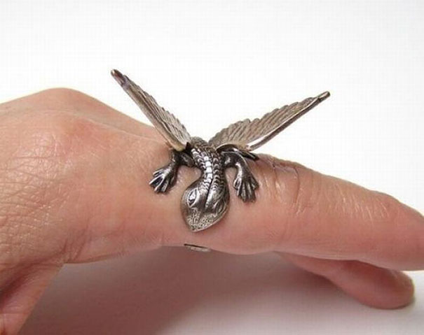 unusual-jewelry-creative-ring-designs-18