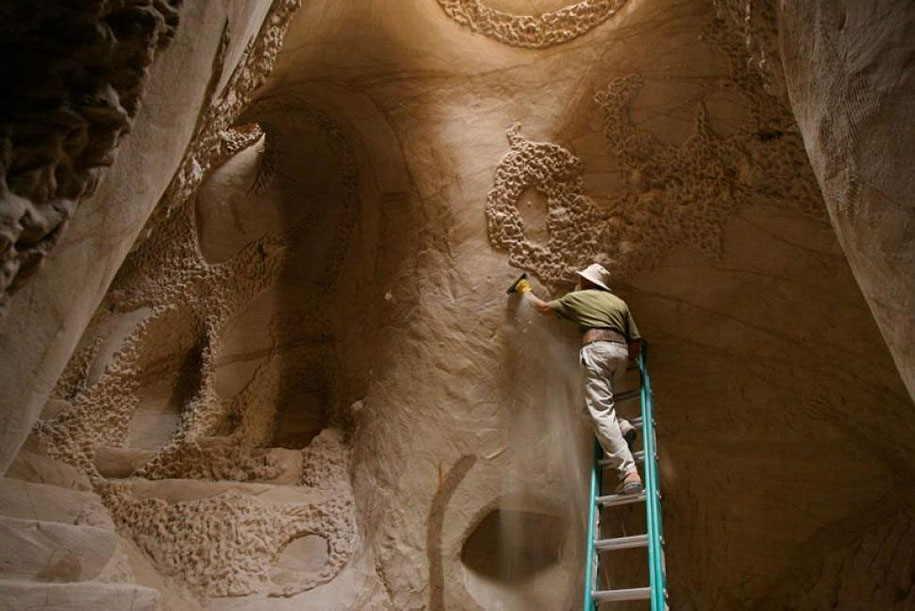 cave-carving-ra-paulette-10