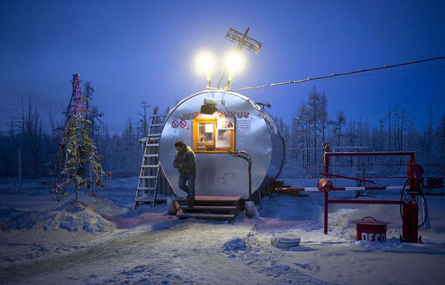 coldest-village-oymyakon-russia-amos-chapple-19