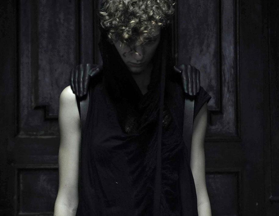 konstantin-kofta-human-anatomy-wearable-accessories-7