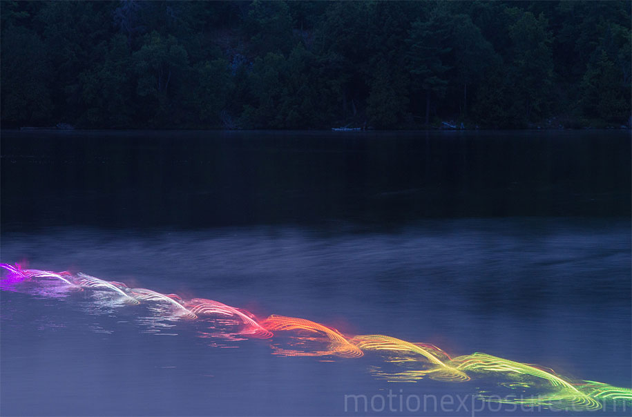 led-light-water-motion-exposure-stephen-orlando-1