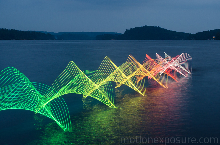 led-light-water-motion-exposure-stephen-orlando-20