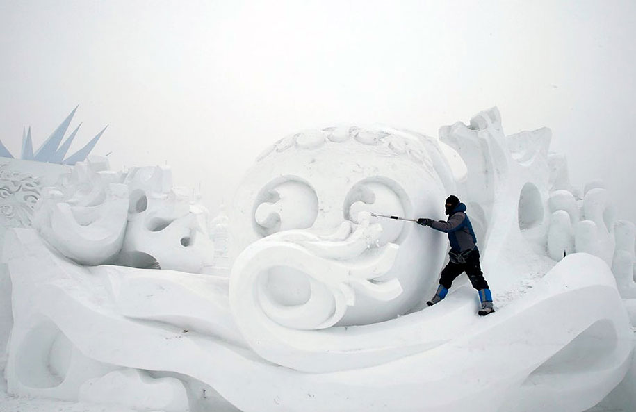 2015-international-ice-and-snow-festival-harbin-china-37