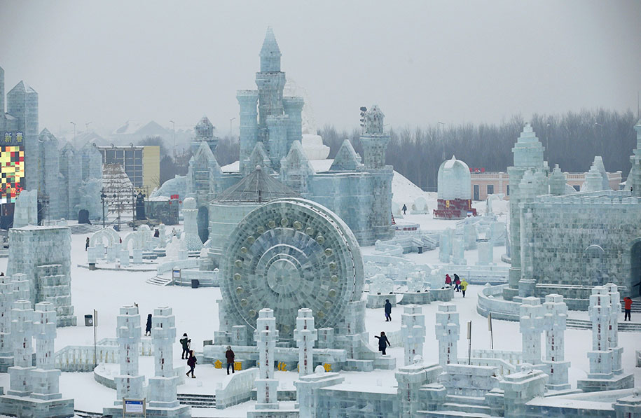 2015-international-ice-and-snow-festival-harbin-china-44