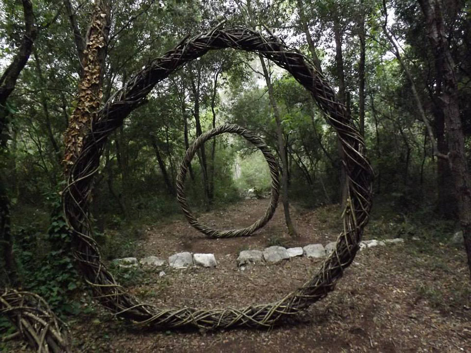forest-land-art-nature-spencer-byles-8