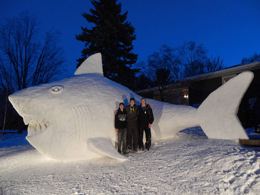 giant-animal-snow-sculptures-bartz-brothers-5