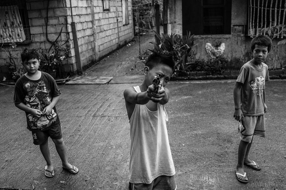 hong-kong-photography-magnum-xyza-cruz-bacani-7