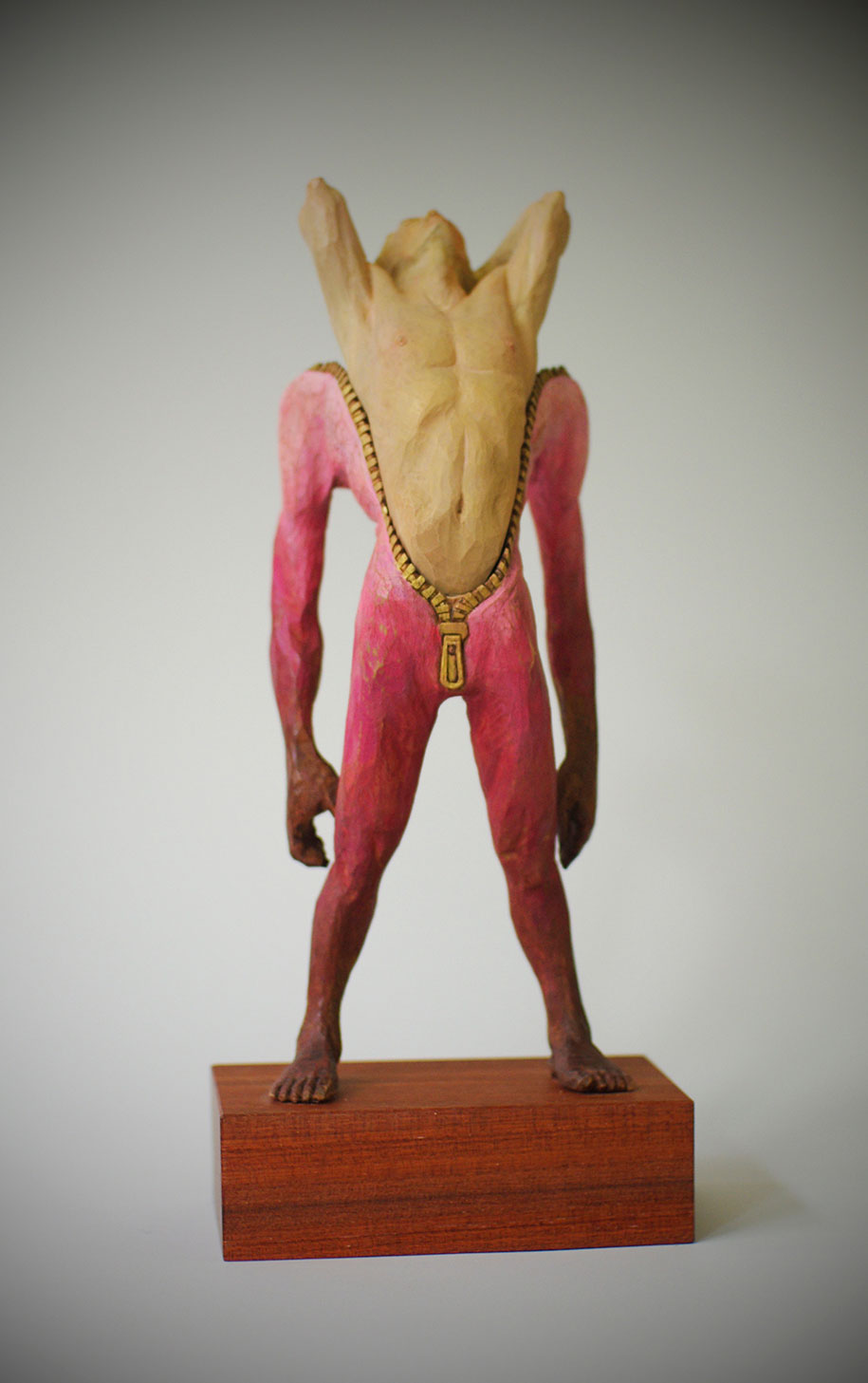 surreal-wooden-sculptures-yoshitoshi-kanemaki-42