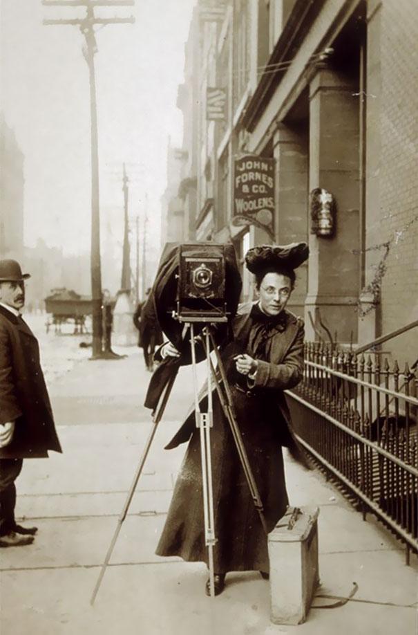 first-female-photojournalist-america-jessie-tarbox-beals-1