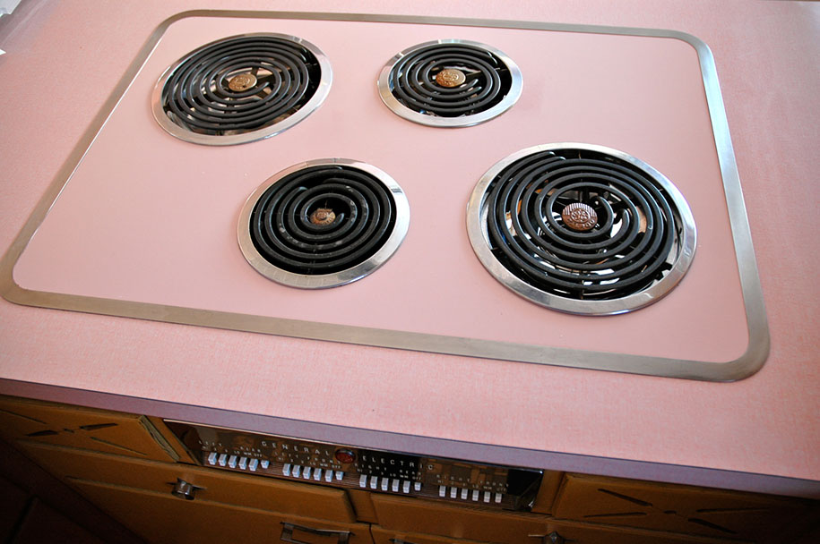 retro-50s-kitchen-pink-nathan-chandler1