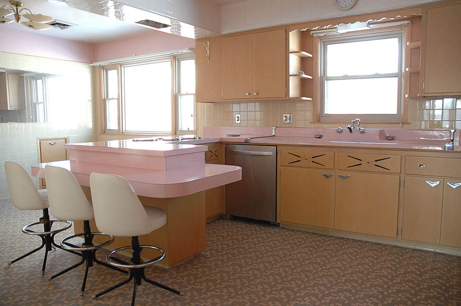retro 50s kitchen pink nathan chandler9 - Old Kitchen