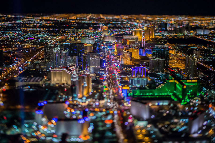 sin-city-las-vegas-aerial-photography-vincent-laforet-15