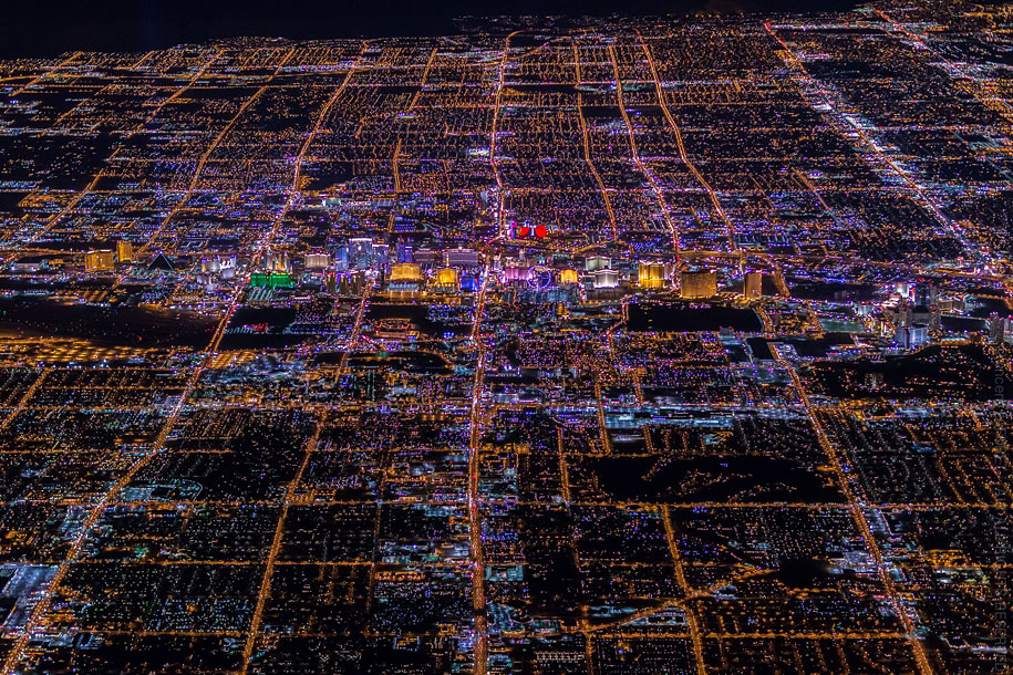 sin-city-las-vegas-aerial-photography-vincent-laforet-2