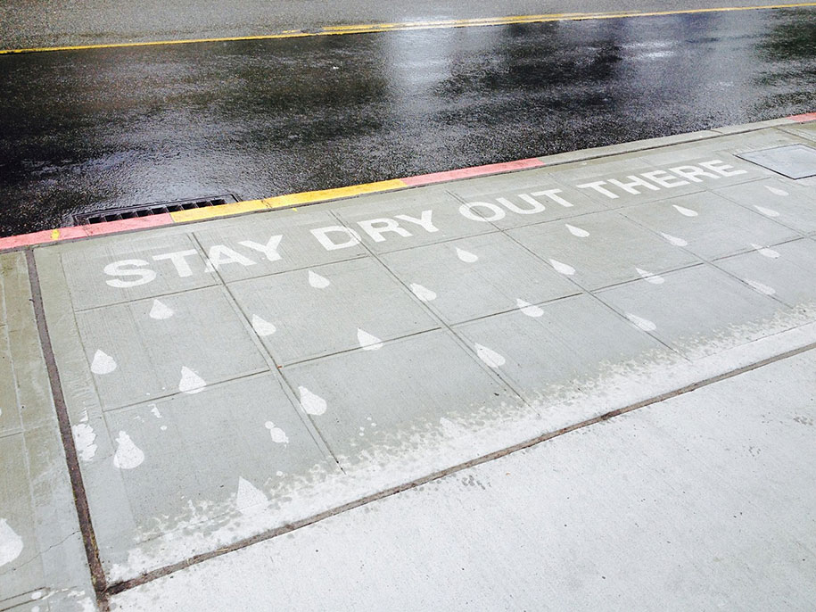 hydrophobic-sidewalk-graffiti-rainworks-peregrine-church-seattle-2