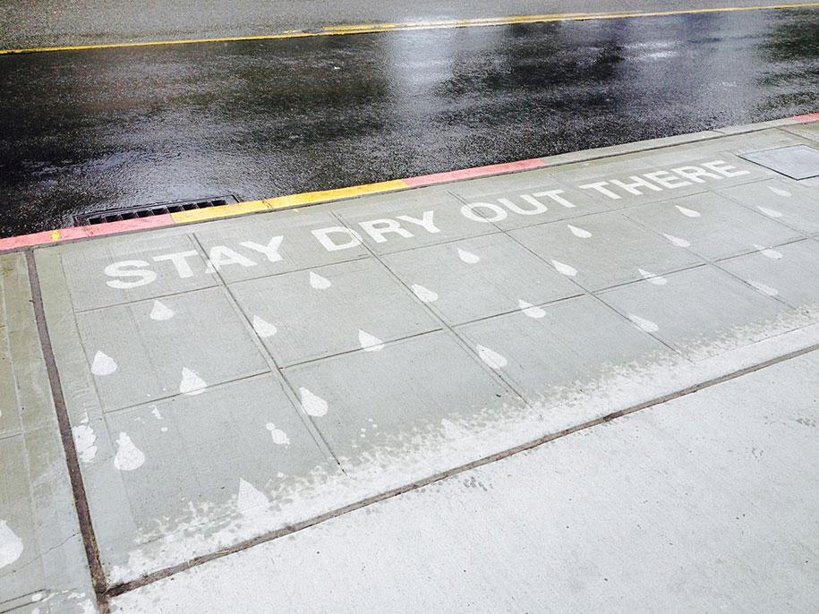 hydrophobic-sidewalk-graffiti-rainworks-peregrine-church-seattle-2