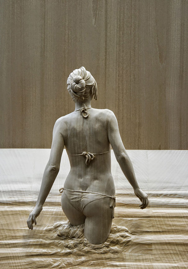realistic-wood-sculpture-peter-demetz-13