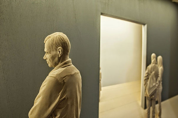 realistic-wood-sculpture-peter-demetz-6
