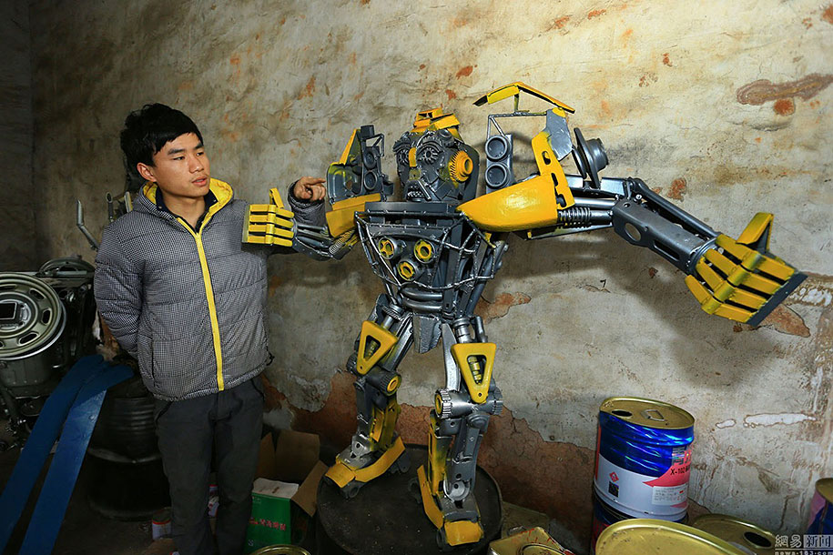 recycled-car-parts-scrap-metal-sculpture-transformers-father-son-farmer-china-04
