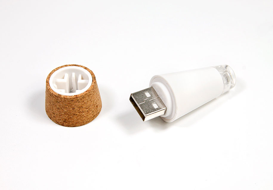 recycling-atmosphere-rechargeable-bottle-light-steve-gates-suck-uk-5