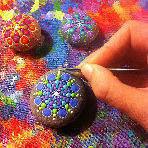 Artist Turns Ocean Stones Into Tiny Mandalas By Painting Colourful
