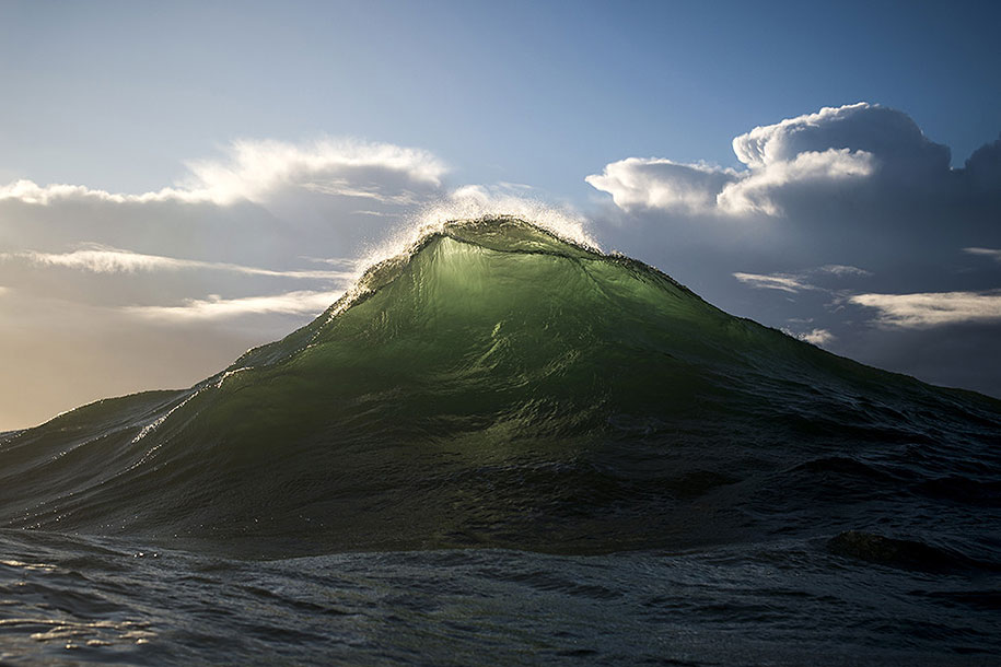 sea-photography-mountain-waves-ray-collins-05
