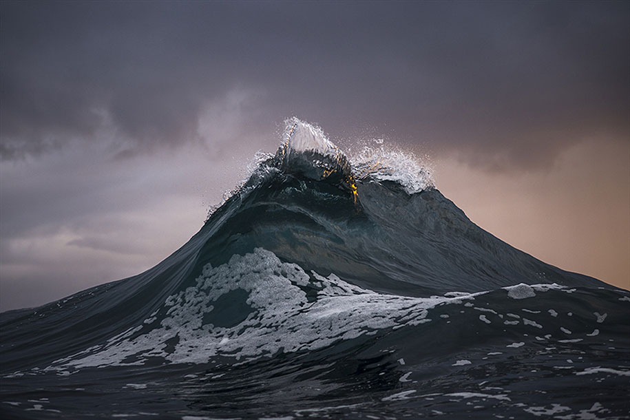 sea-photography-mountain-waves-ray-collins-07