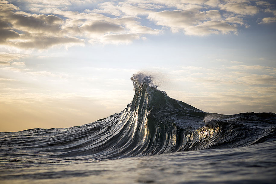 sea-photography-mountain-waves-ray-collins-10