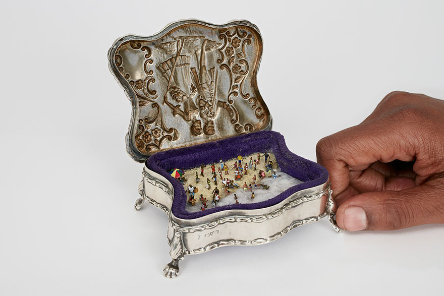 10+ Vintage Ring Boxes Transformed Into Historical Miniature