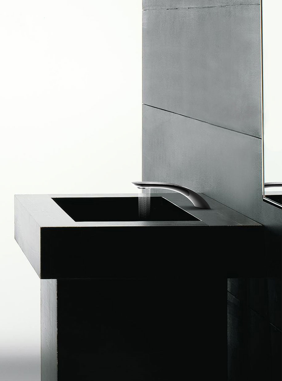 water-conserving-swirl-faucet-design-simin-qiu-7