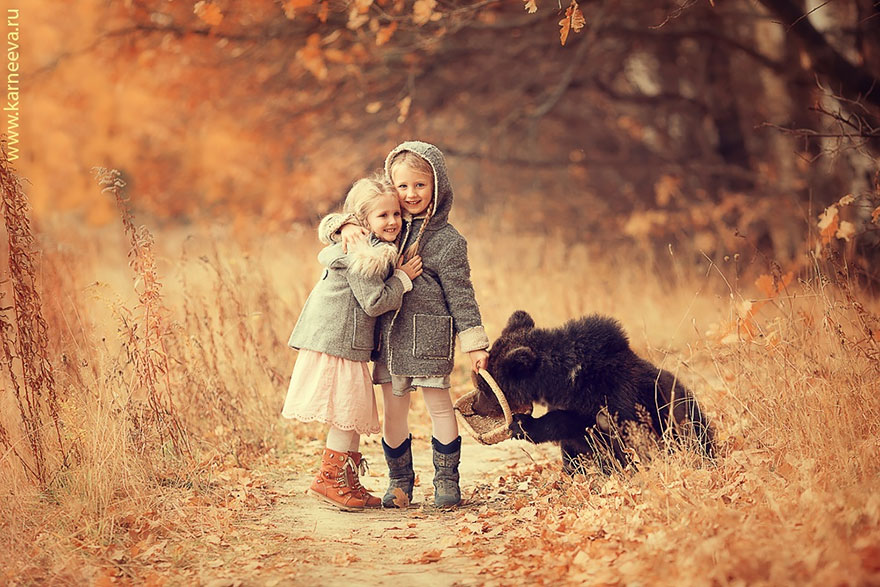 Children And Animals Cuddle In Adorable Photoshoots By Elena Karneeva