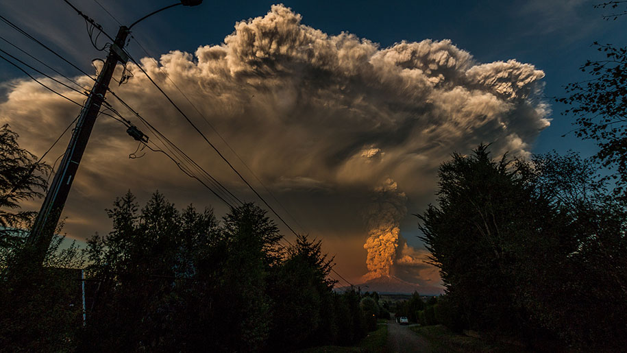 beautiful-scary-volcano-eruption-calbuco-chile-08