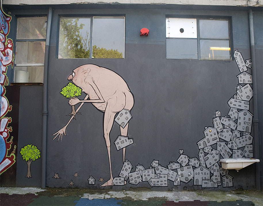 environmental-graffiti-street-art-11