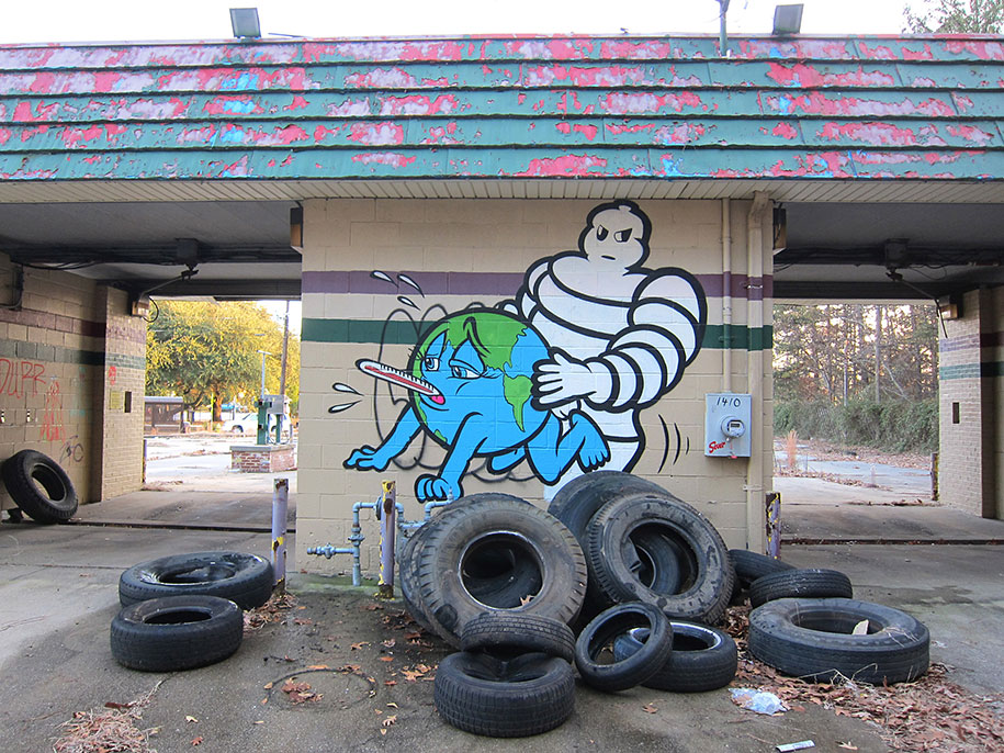 environmental-graffiti-street-art-23
