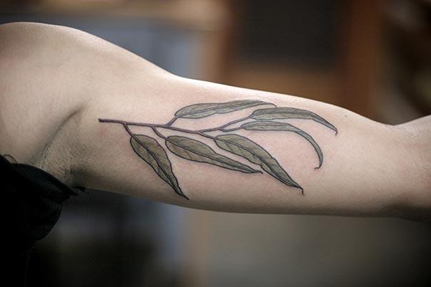 flower-plant-botanical-tattoos-alice-carrier-13