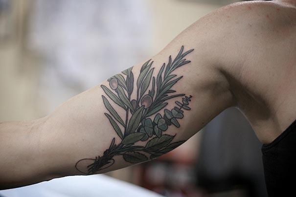 flower-plant-botanical-tattoos-alice-carrier-14